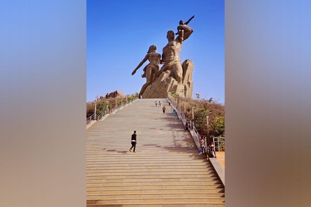 Monument-de-la-Renaissance-2